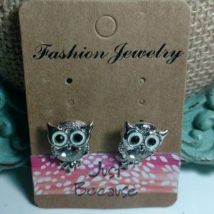 Jewelry - Bling Owl Earrings